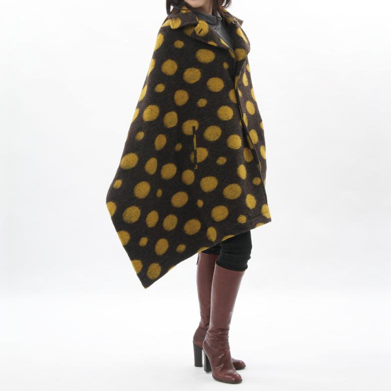 モーハウスのショール型ママコート衿ショール・フェルトウール ドットxドットモデル写真1