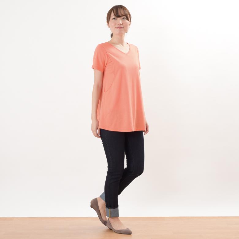 授乳服CARINO-DT チュニックショートスリーブモデル写真1