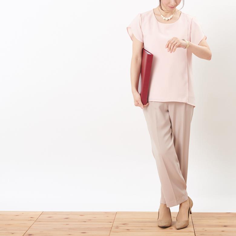 授乳服シャルムモデル写真2