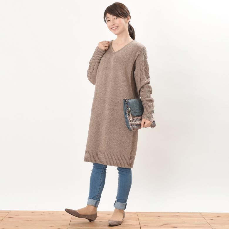 授乳服アランニットワンピモデル写真1