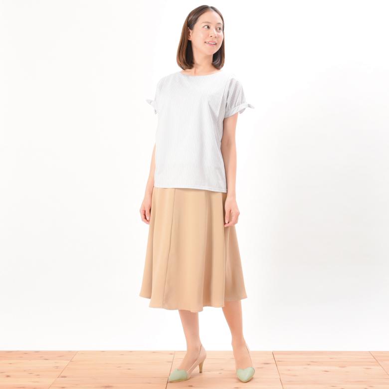 モーハウスの授乳服パピヨンシェリモデル写真1