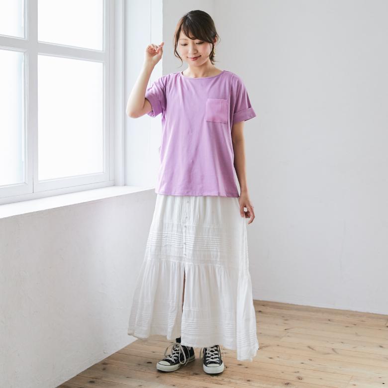 モーハウスの授乳服ポケットTシャツモデル写真1