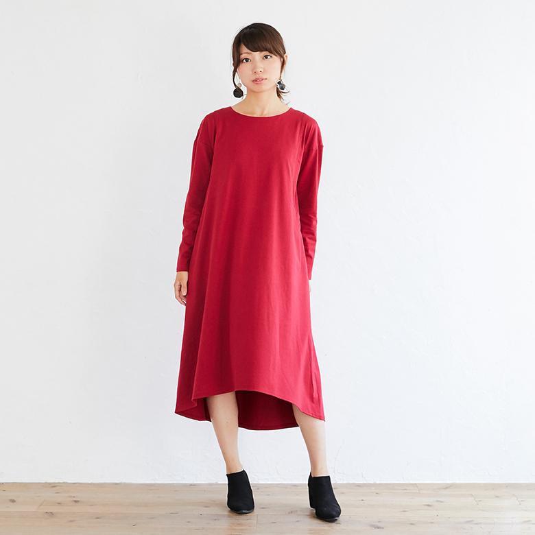 授乳服フレアーカットソーワンピースモデル写真1