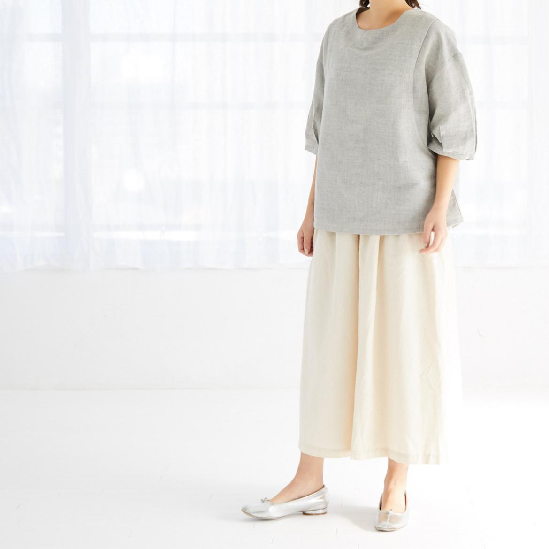 モーハウスの授乳服バックフレアーカットソーモデル写真2