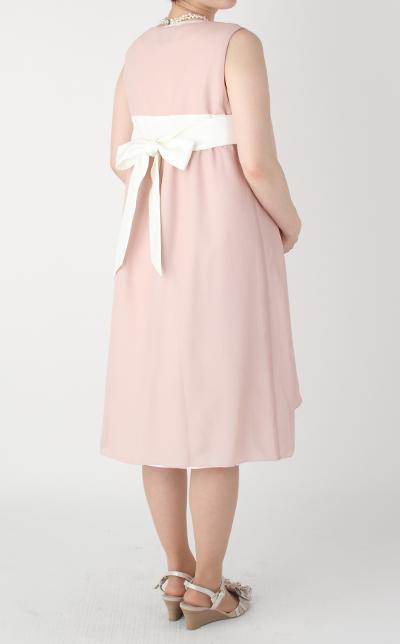 モーハウスのフォーマル授乳服REVE(レーブ)コーデ写真2