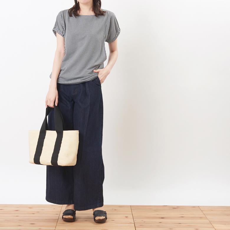 モーハウスの授乳服シェリ(ギンガム)モデル写真2