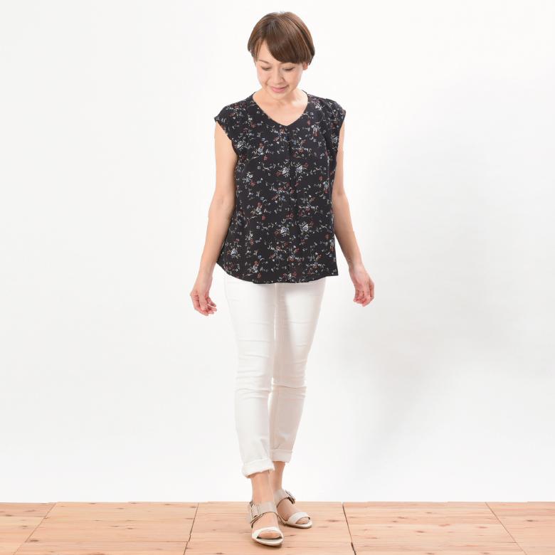 モーハウスの授乳服クラールモデル写真1