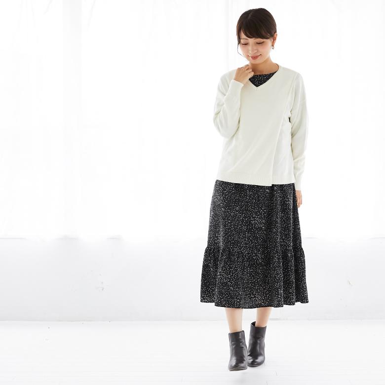 授乳服シンプルVニットモデル写真2