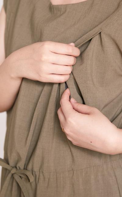 授乳服の授乳口画像