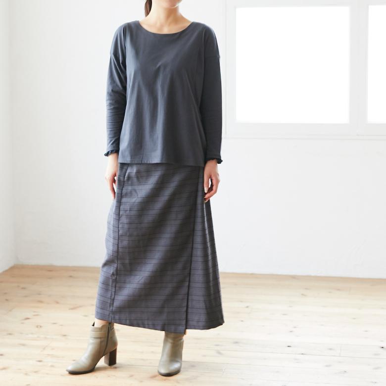 授乳服フリルカフスカットソーモデル写真2
