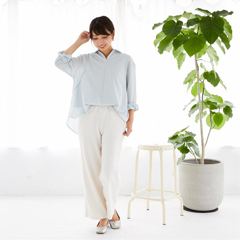 モーハウスの授乳服オーガニックコットンシャツモデル写真1