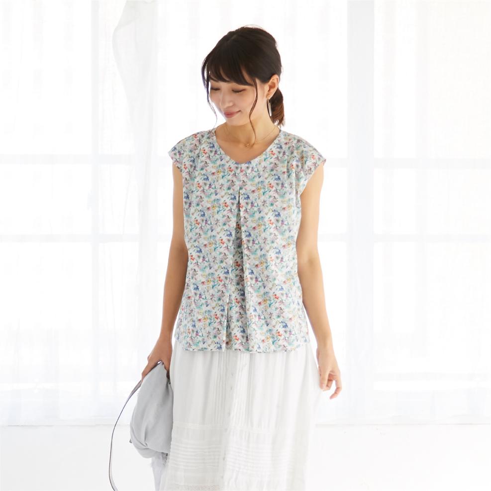 モーハウスの授乳服フレンチプルオーバーモデル写真1