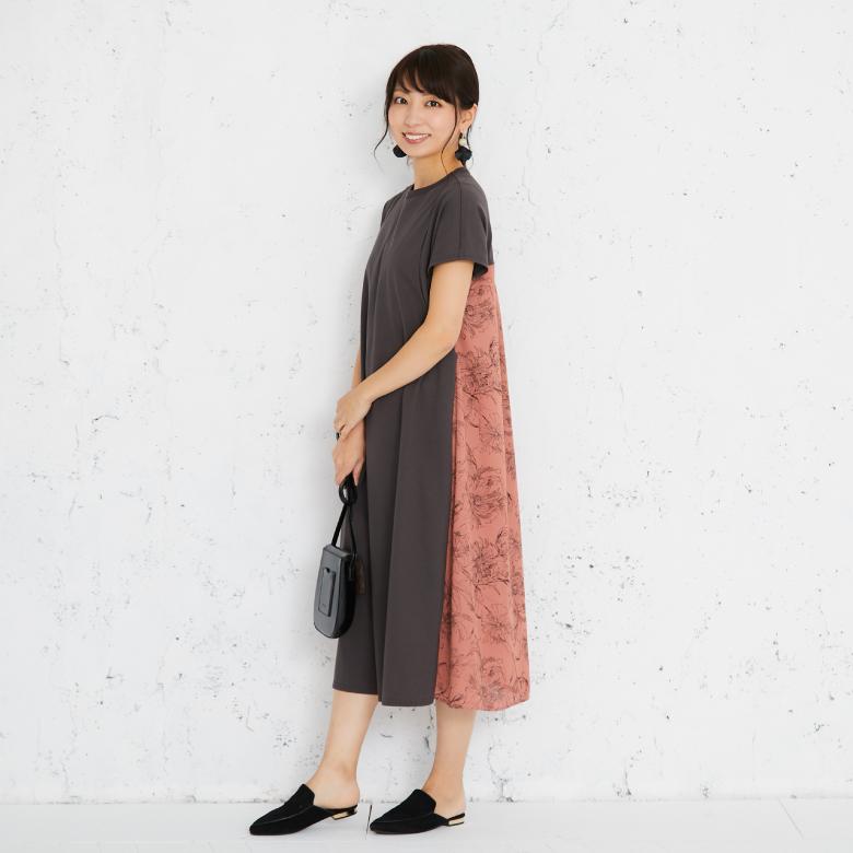 モーハウスの授乳服バックプリントTワンピースモデル写真1