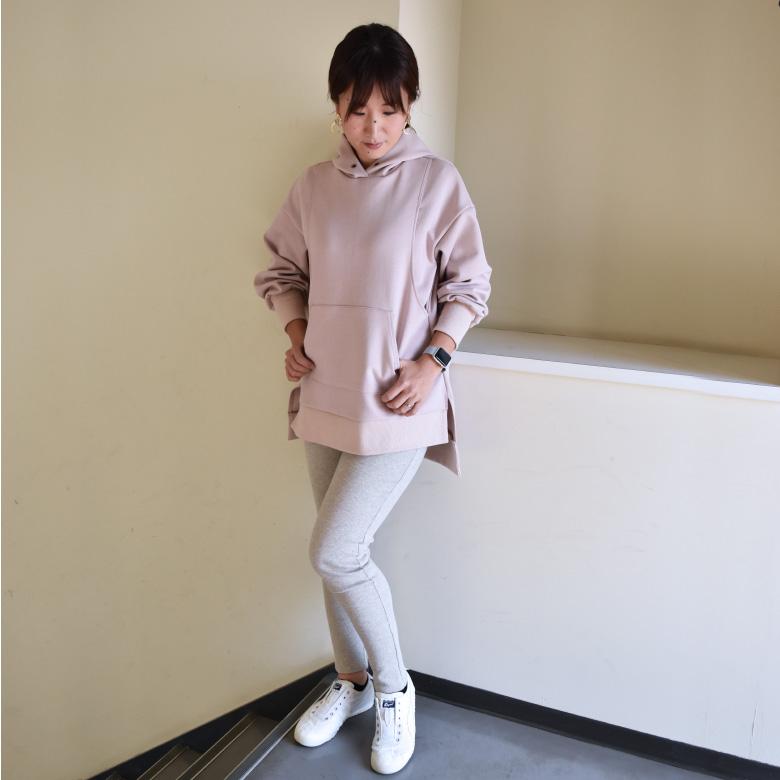 モーハウスの授乳服マタニティレギンスモデル写真1