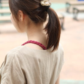 授乳服 スラブガーゼワンピとみつあみインナーを合わせたときのバックスタイル