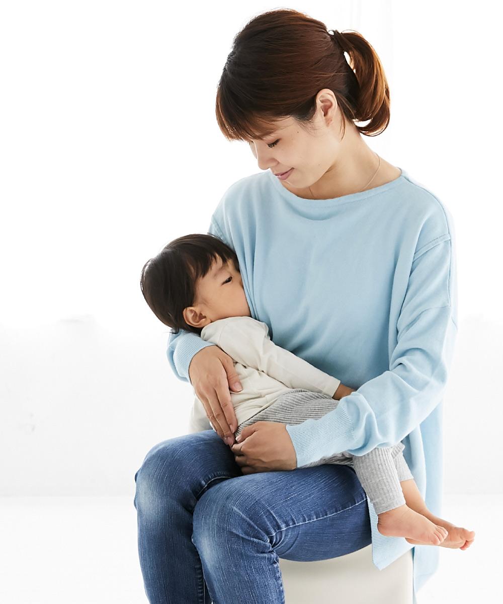 授乳服 授乳 母乳 ニット サイドスリット コットンカシミアニット