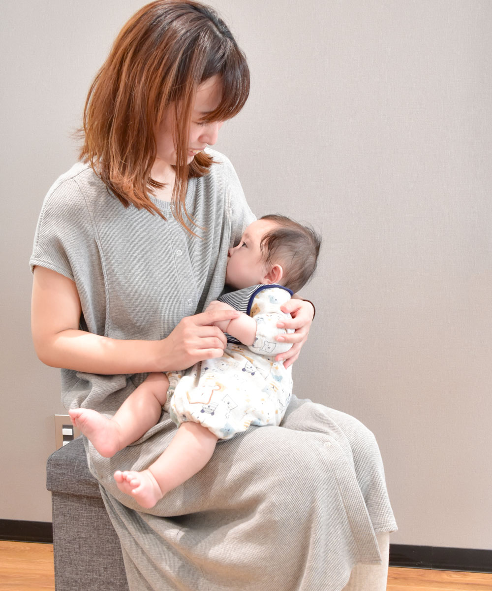 授乳服 授乳 ワンピース 半袖  サイドスリット コットン100 ワッフル 前ボタン パジャマワンピース 出産 入院